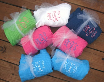 Bridesmaid Gift - Monogrammed Bridesmaid Robes, Monogrammed Robes, Bridesmaids Gifts, Short Kimono Waffle Weave Robes for Wedding