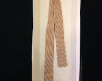 1940s Skinny Brown and Cream Puppytooth Bowtie