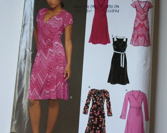New Look 6428- UNCUT Pattern for Misses Dress