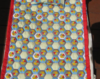 Doll's quilt set with hexagon fabric (free postage in Australia)