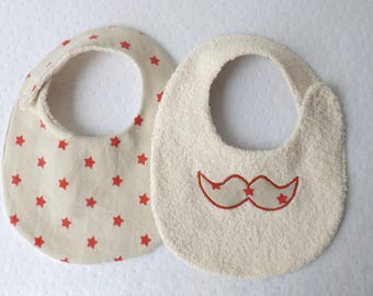 Bib 0-6 month boy reversible mustache and star/beige and Red