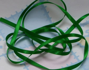 EMERALD GREEN DouBLe FaCeD SaTiN RiBBoN, Polyester 1/4 inch wide, 5 Yards