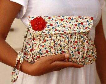 Red Floral Wristlet Clutch - red and blue screenprint cotton clutch