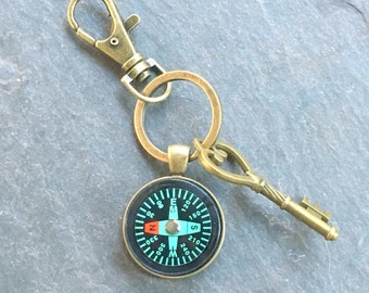 Compass Keychain Bronze with Ring and Key Change in Direction Working Compass