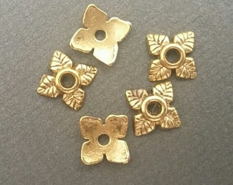 Gold Bead Caps - 100pcs - Tiny Bead caps - Tibetan - Antiqued Gold Bead Caps - Flower Bead Caps