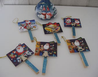 six Christmas place card clips linens