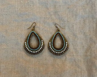 Beautiful western style dangle earrings