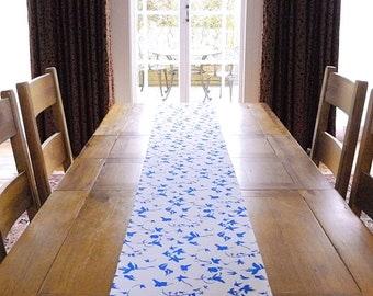 Ivy printed table runner