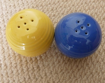 Vintage BAUER~AMERICAN POTTERY~Ring Ware~Salt and Pepper Shakers ~Blue and Yellow