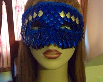 Knitted Scalemail Mask