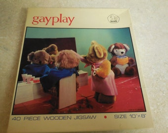 Vintage Gayplay Teddy's Haircut  40 piece WOODEN Jigsaw Great Britain