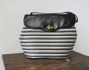 vintage 1950s purse / 50s raffia and patent leather handbag / early 1950s straw bag / 50s black white grey striped purse