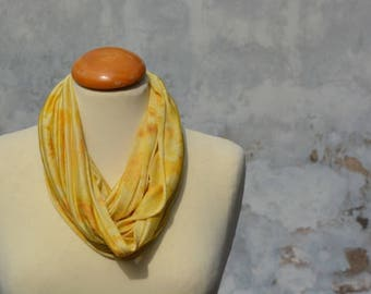 Loop scarf, silk loop, yellow, silk, mulberry silk, Seidenjersy, eco-print, handmade in FILZHAUS16