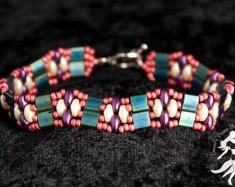 Feminine Expression Fancy Tila Bracelet