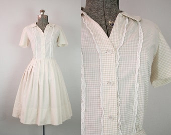 1950's White and Beige Plaid Shirtwaist Dress / Size Medium