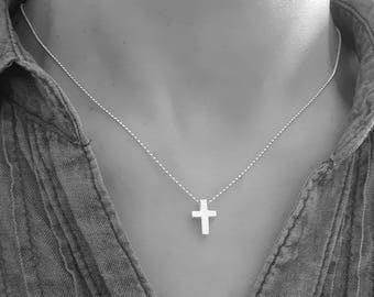 Necklace fine 3D cross pendant 925 sterling silver