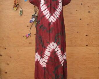 Vintage 80's Kaftan / Caftan Ethnic Maroon & Green Tie Dye Print Dress