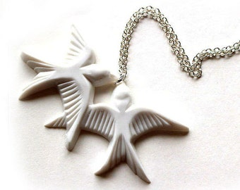 Pure white flying kissing resin swallow love birds silver necklace
