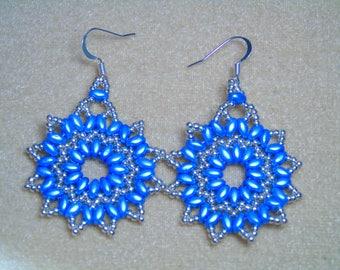 Beaded Blue Flower Earrings