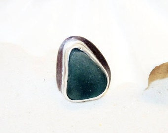 Sea Glass Ring, Sterling Sea Glass Ring, Size US 7 Ring, Lake Ring, Lake Jewelry, Beach Jewelry, Glass Ring, Beach Glass Ring