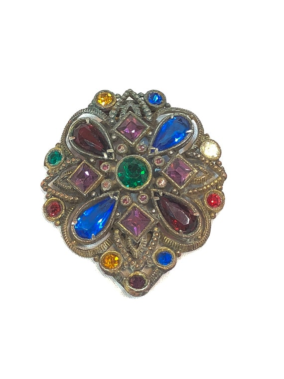 Art Deco Dress Clip, Renaissance Style, Pear Shaped Quatrefoil Design, Textured Goldtone, 1940s, Rhinestone Statement Vintage Jewelry