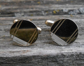 Vintage Abstract Gold Circle Cuff Links. 1980s. Gift for Men, Dad, Grad, Groom, Groomsmen, Husband, Brother, Son