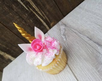 Set of 6 Unicorn Cupcake toppers