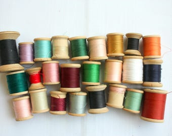 Vintage Spools of Thread, Wood Spools with Thread, Wooden Spools of Thread, Craft Room Decor, Vintage Sewing Room Decor