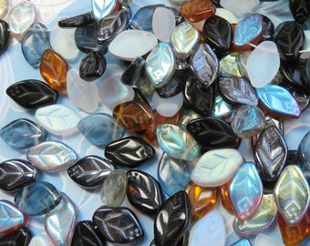 Salt and Pepper Leaf Mix, Czech Glass Leaves, 24 Beads- Item 5064