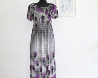 SALE / Vintge 90s purple floral  bohemian dress/ short sleeve summer dress/ Maxi dress/ size S