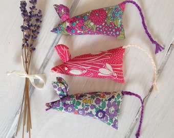 Organic Lavender Gift, Aromatherapy Gift for Her, Aromatherapy Gift, Dried Lavender Sachet, Mouse-Gift, Mouse Gift Idea, Lavender Gift
