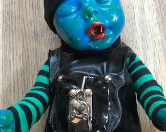 Alternative lay down doll
