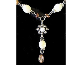 Dangle Necklace * Beads * Silver Tone Accent * Classic Vintage