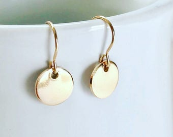 Gold Earrings Dangle, Dainty Gold Disc Earrings Bridesmaid earring gold, Simple Earrings, Dainty Earrings, Gold Earrings Dangle, Best seller