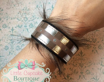 Chewbacca Inspired {EXCLUSIVE DESIGN} Double-Sided Velcro Wristband~ Star Wars Wookie Belt w/ Faux Fur