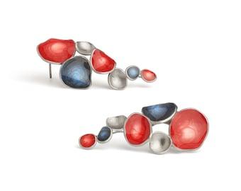 Womens patriotiques boucles d'oreilles, rouge rubis & minuit bleu laiton plaqué argent boucles d'oreilles Americana, peint à la main brillant résine cristal boucles d'oreilles cadeau
