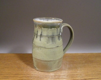 Big ol' Handmade Mug , 26 oz, Tankard Style, Pottery Mug , Stein,  Coffee Mug , Beer Mug , Tea Mug , Ceramic Mug