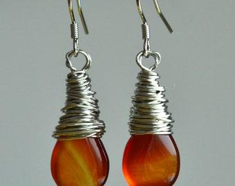 ochreous agate earings.danging earrings,ochreous earrings,ochreous drop agate earrings,wire earrings,stone earrings