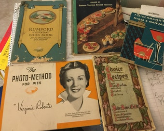 5 vintage booklets on cooking, baking and drinking! Tumford, occident flour fleischmann's and more