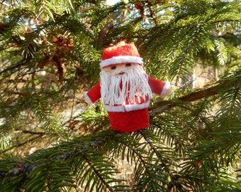 Santa Claus Finger Puppet