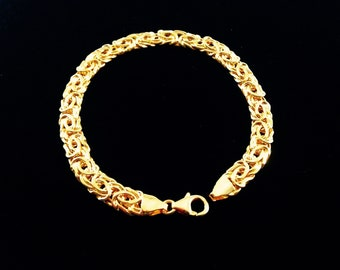 18K Yellow Gold Byzantine Bracelet - Fancy Square Flat