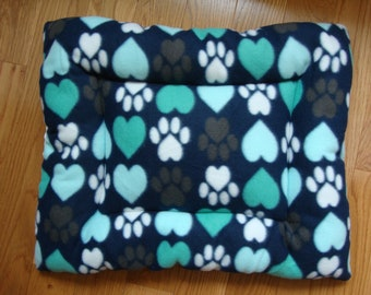 Paws Hearts Puffy Pet Bed