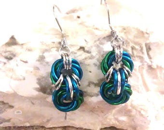 Mobius Chainmaille Earrings - Mobius Flower Green and Blue - Goth Earrings - Chainmail Earrings - Chainmaille - Blue and Green Earrings