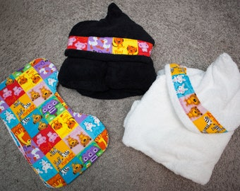 Black or White Hooded Towel with Matching Burp Cloths