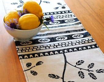 Linen Runner, Leaf Trail & Geometric Table Runner, Handprinted linen/Rectangular/ Rustic Runner