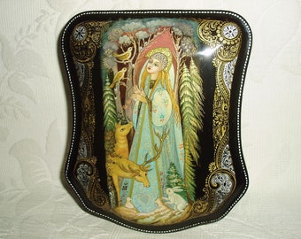 "Beautiful Hand Painted Russian Lacquer box miniature "" Snow Maiden with deers"