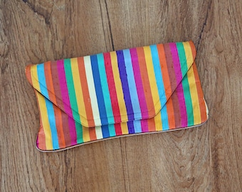 1980s vintage rainbow stripe large clutch removable strap shoulder purse bag