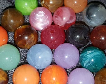 15 12 mm multicolored resin beads