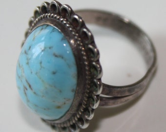 Vintage Sterling Silver and Turquoise Ring Size 5 Oval Stone