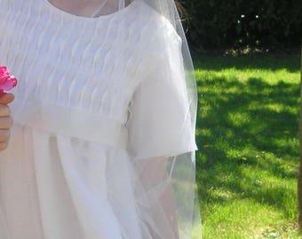Robe Ondine en lin avec plis ondulés